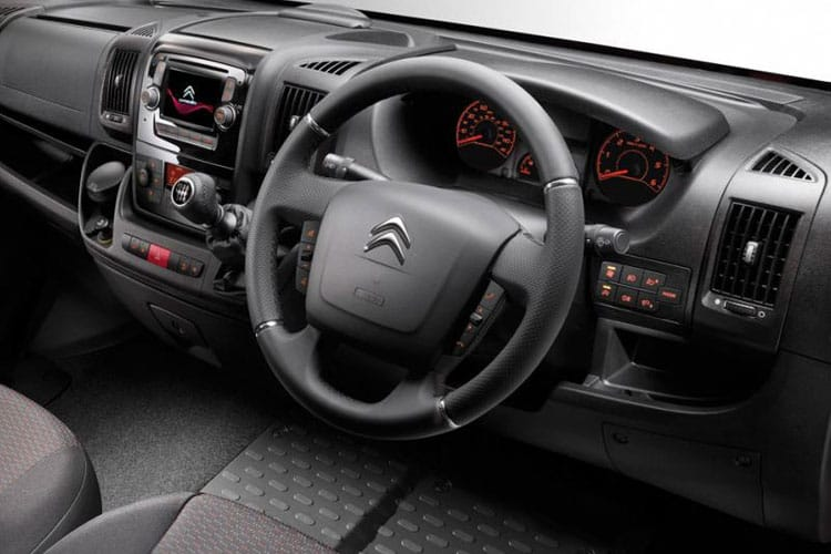 Citroen Relay 35 L2 2.2 BlueHDi FWD 140PS X Chassis Cab Manual [Start Stop] inside view