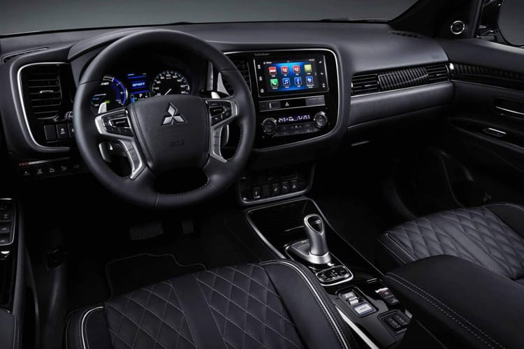 Mitsubishi Outlander PHEV SUV 2.4 h TwinMotor 13.8kWh 224PS Exceed Safety 5Dr CVT [Start Stop] inside view
